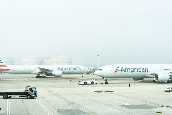 Flight Review: American Airlines 777-200ER Premium Economy